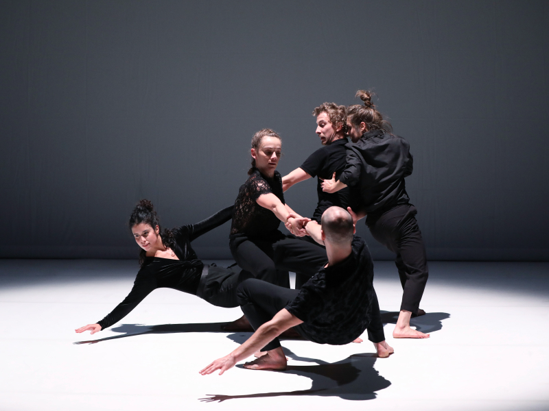 """Choreography of emotion: Jann Gallois + 4 dance """"Quintette"""" [by Paul Tracy Danison]"""